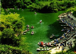 HIGHTLIGHTS OF VIETNAM 13 DAYS 12 NIGHTS from 707 USD/person only.