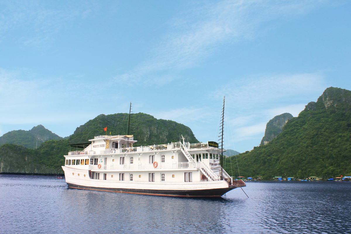 MAJESTIC CRUISE HALONG BAY 2 DAYS 1 NIGHT AND 3 DAYS 2 NIGHTS from 204 USD/ 2 person only