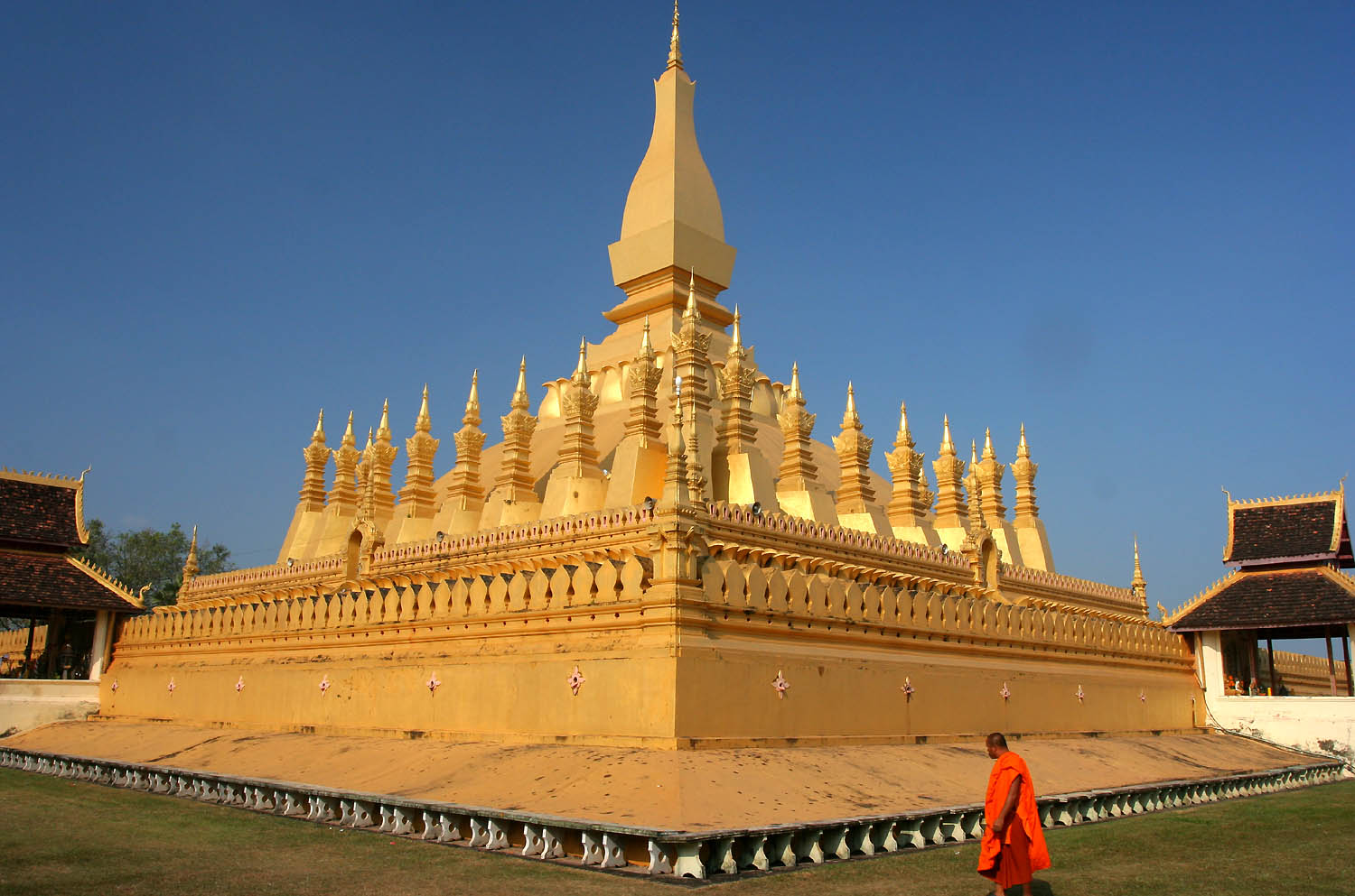 LAOS CLASSIC TOUR 5 DAYS 4 NIGHTS from 264 USD/PERSON only