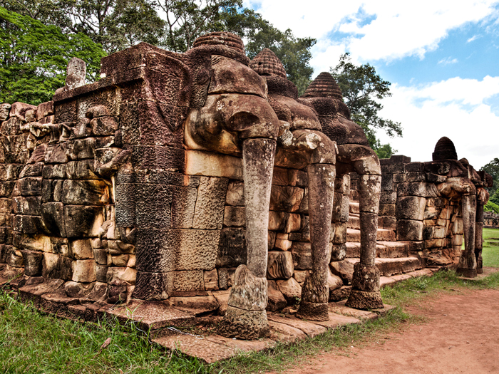 CAMBODIAN HIDDEN TEMPLE TOUR 3 DAYS 2 NIGHTS