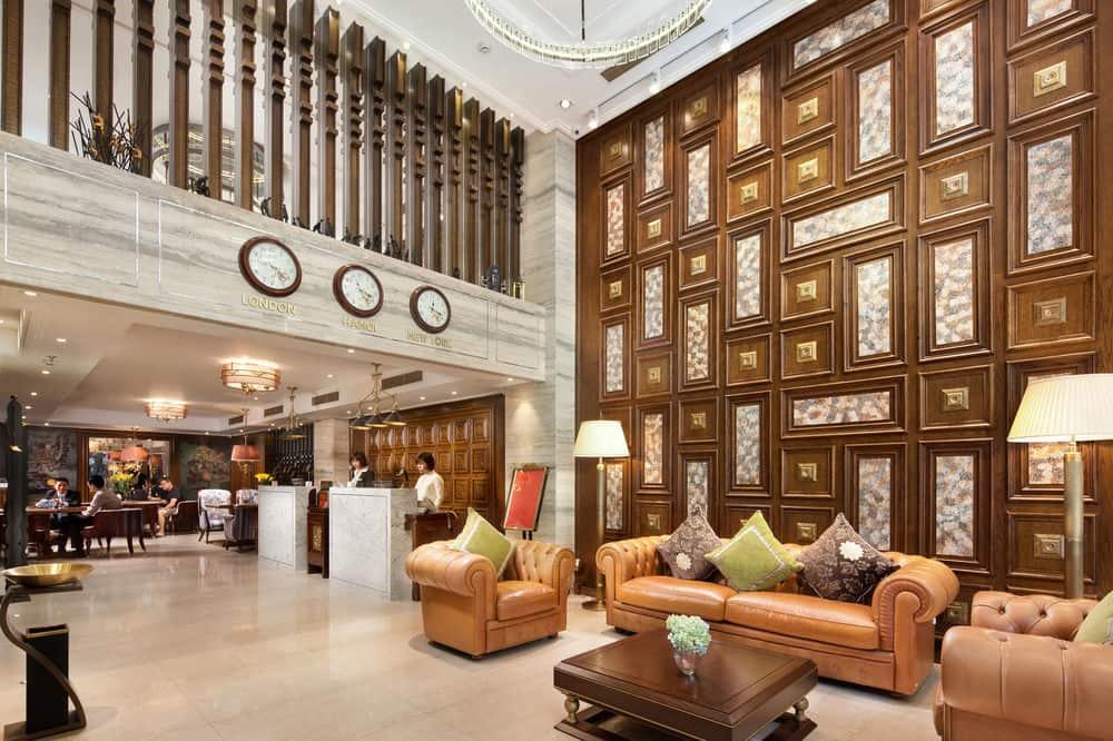Hanoi delano hotel for Delano hotel decor